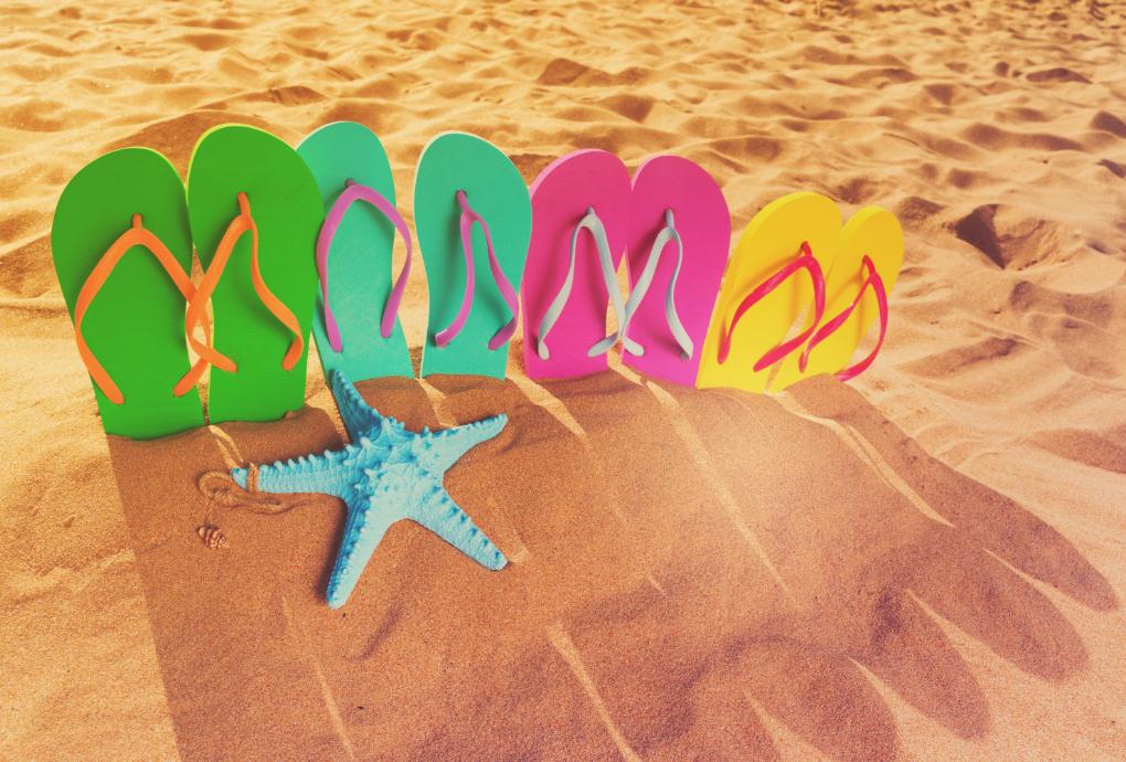Infradito e ciabatte per bambini, le migliori da usare in spiaggia o in piscina